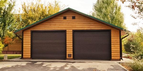 Garaże drewniane